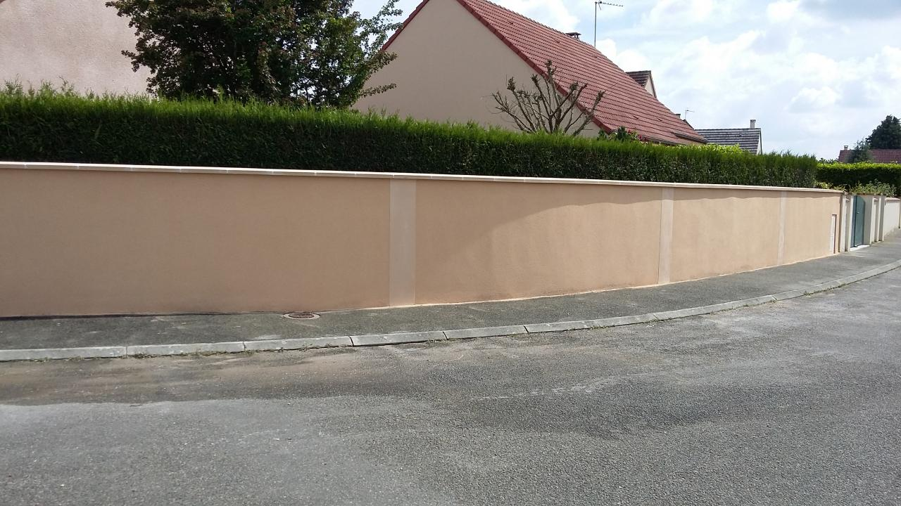 Rehausse et ravalement d 39 un mur de cl ture for Cloture mur exterieur