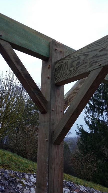 Carport - Assemblage traditionnel tenon/mortaise